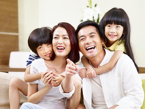 【大阪府高槻市】家族のために!在宅業務メインのやりがいある職場から年収アップ転職