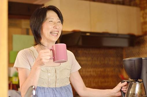 【大阪市北区】50代の転職でも年収700万円超えを実現!自宅近くの勤務先で家事との両立も実現