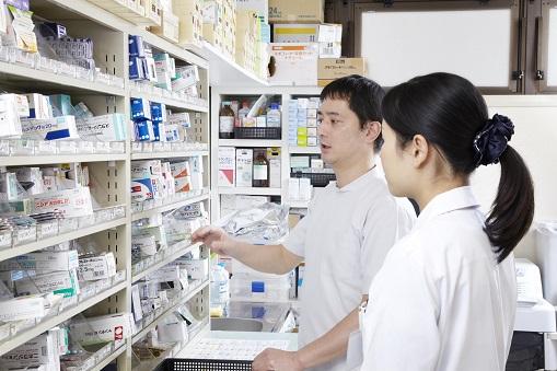 調剤薬局VSドラッグストア業界動向まとめ
