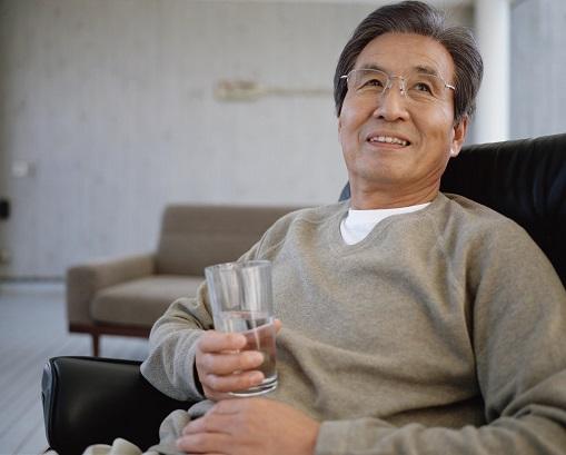 【福岡県福岡市】60代ベテラン薬剤師の「生涯現役」計画!定年なしでイキイキと働ける理想の職場へ