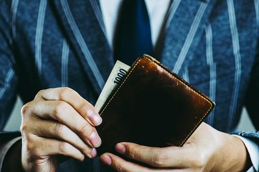薬剤師で年収1000万を狙える職場はココ!!確実に年収アップさせる方法