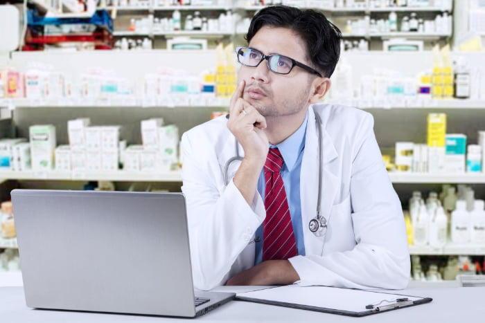 薬剤師で年収800万円を稼ぎ出す!7つの働き方